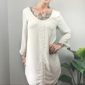 ASTR {the label} Long Sleeve Shift Dress
